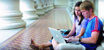 Studenten, Schüler, Lehrer und Professoren können bei epos von vergünstigten Apple-Preisen für den Bildungsbereich profitieren. Foto: handout/epos