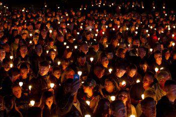 <p>Washington. Lichtermeer: Bei der 31. jährlichen Kerzenlichtwache nahmen auch in diesem Jahr tausende Menschen teil.</p>