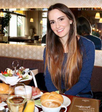 """<p class=""""title"""">               Café Schallert Höchst             </p><p>""""Um perfekt in den Tag starten zu können, gönnt man sich am besten ein großes und hochwertiges Frühstücksétagère im Café Schallert in Höchst. Dort kann man mit vielen kleinen Köstlichkeiten und einem Gläschen Sekt seinen ausgiebigen Frühstücksbrunch genießen.""""</p>"""