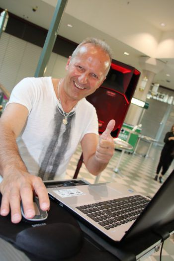"<p class=""caption"">DJ Gerhard Sulzbacher.</p>"