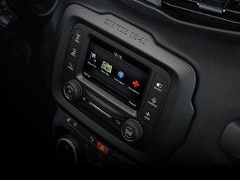 """<p class=""""title"""">               Entertainment             </p><p>Mit der UConnect 8,4"""" Navigation, Touchscreen, einer Freisprecheinrichtung und einem USB-Anschluss ist man bestens ausgerüstet.</p>"""