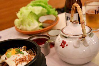 """<p class=""""title"""">               Okims Hard             </p><p>""""Das Okims in Hard ist mein persönliches Highlight, wenn man einen besonderen Abend in einem modernen Ambiente verbringen möchte. Die Speisekarte besticht durch authentische Gerichte und lädt zum gemeinsamen Entdecken der koreanischen Küche ein.""""</p>"""