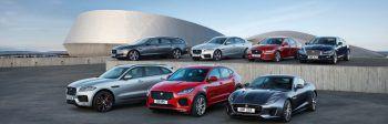 """Sieben Modelle zum Testen: Auf der """"Art of Performance Tour"""" kann man sich über die verschiedenen Jaguar-Typen informieren.Fotos: handout/Autohaus Hörburger"""
