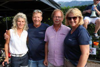 """<p class=""""caption"""">Barbara und Stefan Jutz mit Florian Kasseroller und Elisabeth Simoner.</p>"""