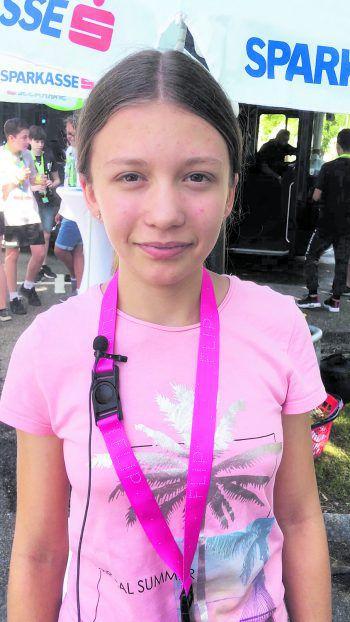 """Bettina, 12 jahre: """"Ich bekomme Essensgeld für die Schule. Damit komme ich gut aus."""""""