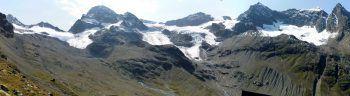 """<p class=""""title"""">Gletscherschmelze in Vorarlberg</p><p>Die steigenden Temperaturen machen dem ewigen Eis im Ländle ordentlich zu schaffen: Der Vermuntgletscher in der Silvretta zog sich im vergangenen Jahr um 18 Meter zurück, der Ochsentalergletscher um 16 Meter. Von den 93 vom Alpenverein vermessenen Gletschern in Österreich, zogen sich 89 zurück – nur vier blieben stationär. Der größte Verlust wurde mit 128 Metern auf dem Viltragenkees (Vendigergruppe, Osttirol) registriert. Foto: Russmedia/handout Groß</p>"""
