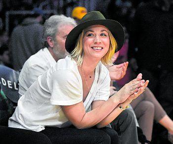 """<p class=""""title"""">Kaley Cuoco</p><p>Die Schauspielerin aus """"The Big Bang Theory"""" fiebert bei Spielen der Lakers richtig mit. In ihrer Serienrolle würde sie nur schwer eine Begleitung finden.</p>"""