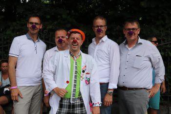 "<p class=""caption"">LH Markus Wallner, Harald Witwer, Clini Clown Joachim Schwald, Christian Gantner undChristoph Thoma.</p>"