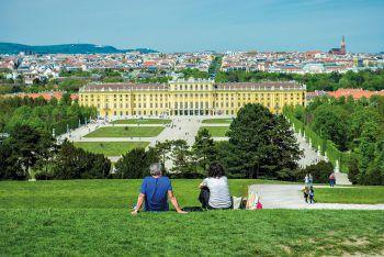 """<p class=""""caption"""">Wien ist für alle ein Erlebnis: Im Sommer kann man die Vielfalt Wiens genießen.</p>"""