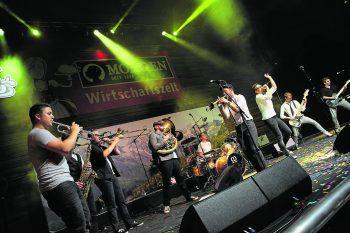 Die Ländle-Jungs von Brassclub werden heuer am Freitag die Bühne im Mohren-Wirtschaftszelt rocken – das sollte man nicht verpassen!