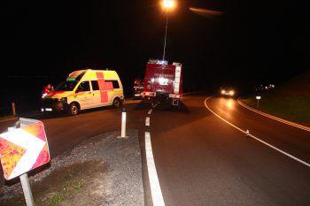 Ein Verletzter und zwei Fahrzeuge mit Totalschaden sind das Ergebnis eines nächtlichen Unfalls am Montag auf der A14. Symbolfoto: VOL.AT
