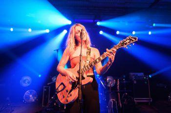 Junipa Gold-Frontfrau Mia Berchtold gibt einen Einblick in ihren persönlichen Musik-geschmack. Foto: handout/Rhomberg