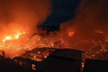 In Brasilien wüten die schwersten Waldbrände seit Jahren. Beim G7-Gipfel wurde eine Soforthilfe in Millionenhöhe für die Region beschlossen.Foto: APA