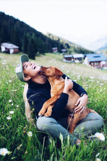 Reden, lesen, leben – Influencerin Linda Meixner hat der Online-Welt eine Zeit lang den Rücken gekehrt und viel erlebt.Fotos: Carola Michaela Fotografie