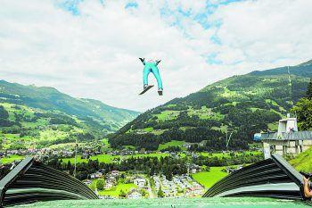 Skisprung im Sommer – das Montafon macht es möglich.Foto: Kothner