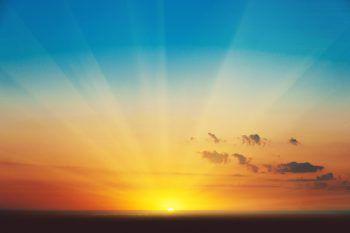 <p>               Sunrise Session             </p><p>Am Samstag, ab 23.55 Uhr, wird in der Vabrik in Röthis wieder bis in die Morgenstunden gefeiert. Bei freiem Eintritt, House und Technomusik. Die Nacht vergeht, der Beat besteht.</p>
