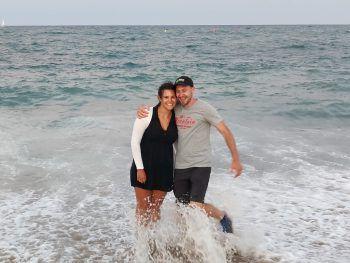 Sylvia im Italienurlaub am Strand.