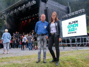 """<p class=""""caption"""">Zufriedene Gesichter auch bei den Veranstaltern: Gerhard Barbisch und Katharina Stüttler.</p><p class=""""caption"""" />"""