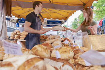 Junker-Jonas-MarktAm Samstag, ab 9 Uhr, findet der Junker-Jonas-Markt in Götzis statt. Über 100 Marktstände – von Kunsthandwerk über Vereine – erwartet die Besucher.