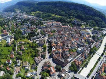 Wie ihr Großvater gegenüber W&W informierte, wurde die Vermisste am Montag in Feldkirch gefunden.Foto: GEPA/Lerch; Screenshots: Facebook/Österreich findet euch
