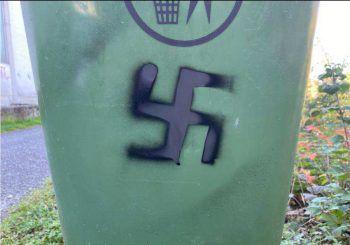 An insgesamt sieben Objekten in ganzLauterach sprühte der Mannnationalsozialistische Symbole.