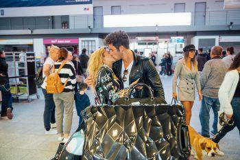 """Leidenschaftlich und verliebt – so wirkt der Kuss von Dijana und Danilo. Aus einem heißen Flirt auf """"Love Island"""" wurde Liebe.Fotos: Sams"""