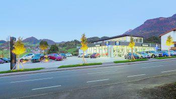 """<p class=""""caption"""">Das neu umgebaute Autohaus Mazda Meusburger in Andelsbuch erfreut sich über die Grenzen des Bregenzerwaldes hinaus über große Beliebtheit.</p>"""