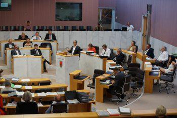 Die Sitzung wird live übertragen. Foto:VLK