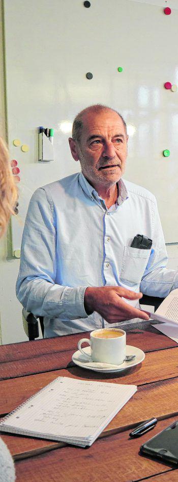Dietmar Böhler kämpft gegen eine schwere Krankheit – und sprichwörtlich gegen Windmühlen. Fotos: W&W/Omerovic