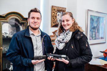 """<p>""""Die Lock gehörte Alexandras Uropa. Sie wurde auf 80 bis 100 Euro geschätzt, da die Originalverpackung fehlt. Das ist ganz okay.""""</p><p>Richard und Alexandra aus Hohenems</p>"""