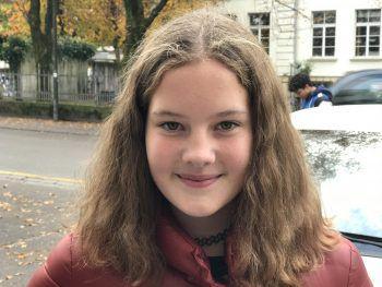 """<p>Katharina, 12, Dornbirn: """"Ich freue mich schon auf Weihnachten! Wir hören daheim auch schon Weihnachtsmusik. Was ich meiner Familie schenken soll, weiß ich aber noch nicht.""""</p>"""
