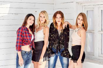 """<p class=""""caption"""">Seit 2018 ist Lisa Aberer Mitglied der Schlager-Girlgroup """"Lichtblick"""". </p>"""