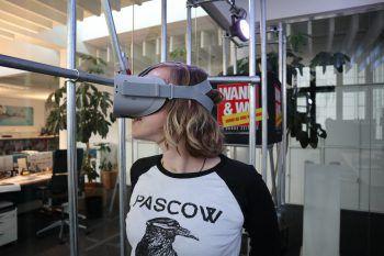 """WANN & WO-Redakteurin Anja Förtsch testete die """"VR-Experience""""."""