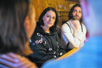 50 Prozent der Silbermond-Bandmitglieder: Sängerin Stefanie Kloß und Schlagzeuger Andreas Nowak. Foto: Sams/Breuß