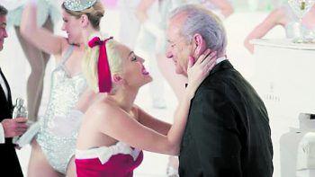 A Very Murray ChristmasFilm, Netflix. Diese Musical-Weihnachtsshow versammelt eine Starbesetzung um Bill Murray für einen Abend voller Musik, Unfug und Trinkbruderschaft. Mit George Clooney, Miley Cyrus, Chris Rock uvm.