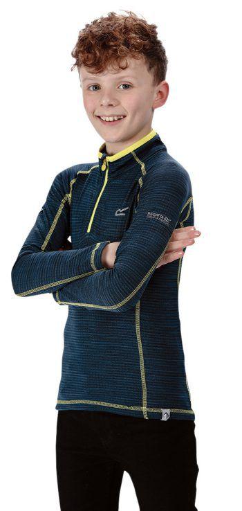 """Bequem             Das Funktionsshirt der Marke """"Regatta"""" besteht aus schnelltrocknendem Gitterfleece und hält angenehm warm. Preis: 13,99 Euro."""