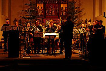 Brass Adventure beim Auftritt im vergangenen Jahr. Foto: handout/Credit Tal-schafft-Kultur/Adrian Lindenthal