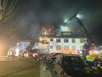 Das Feuer entwickelte sich schnell zu einem Großbrand.Foto: Feuerwehr