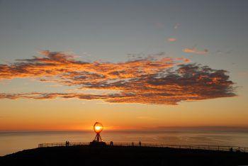 Das Nordkap ist das perfekte Ziel für Abenteurer. Ebenso ist es ein beliebter Platz, um seine Gedanken zu sammeln. Fotos: handout/Weiss Reisen