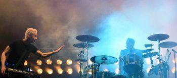 """<p class=""""title"""">Die Ärzte: """"???""""</p><p /><p>Neue Tour, neue Songs, neues Album? Die """"beste Band der Welt"""" spannt ihre Fans weiter auf die Folter. Aber alle Zeichen deuten auf ein neues Meisterwerk von Bela B, Farin Urlaub & Co. hin. Foto: APA</p>"""