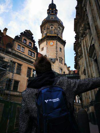 """<p class=""""title"""">               """"Dresdner Residenzschloss""""             </p><p class=""""title"""">In der Altstadt reiht sich ein architektonisches Highlight nach dem anderen. Mittendrin steht das Residenzschloss. Heute ist es eine Residenz für Kunst und Wissenschaft.</p>"""