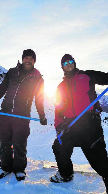 Markus Schairer und Eric Themel beim Kursbau am Hochjoch.Fotos: Steurer, handout/Hämmerle
