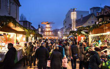Flanieren auf dem Bregenzer Weihnachtsmarkt. Foto: handout/Bregenz Tourismus & Stadtmarketing