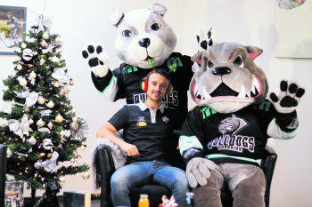 In den letzten beiden Heimspielen vor Weihnachten wollen Robin Gartner und die Bulldogs überzeugen: Am Freitag kommt Fehervar, am Sonntag dann der Villacher SV (17.30 Uhr). Foto: CDM