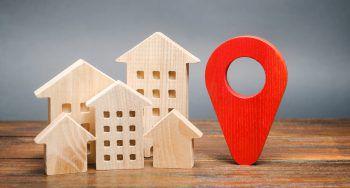 """<p class=""""title"""">Lage des Grundstücks</p><p>In der Planungsphase müssen die Gegebenheiten des Grundstücks berücksichtigt werden. Town & Country Haus erstellt ein Baugutachten, um sicher zu gehen, dass es während des Hausbaus zu keinen bösen und vor allem kostspieligen Über-raschungen kommt.</p>"""