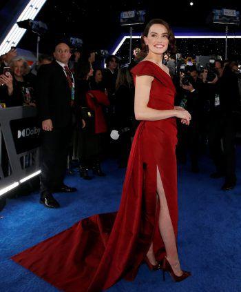 """Los Angeles. Elegant: Hauptdarstellerin Daisy Ridley bei der Weltpremiere von """"Star Wars: der Aufstieg Skywalkers""""."""