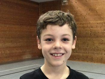"""<p>Marius, 8, 2b: """"Ich spiele sehr gerne Handball. Darum bin ich bereits in der Nachwuchsmannschaft von Bregenz Handball dabei. Am besten hat mir aber das Match gefallen!""""</p>"""