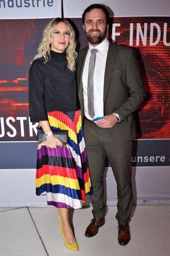"""<p class=""""caption"""">Martin und Julija Saler vom Liebherr-Werk Nenzing.</p>"""