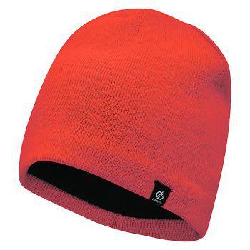 """<p class=""""title"""">               Mützen             </p><p>Die stylische Mütze der Marke """"Regatta"""" hat ein Innenfutter aus Fleece und hält schön warm. Preis: 9,99 Euro.</p>"""