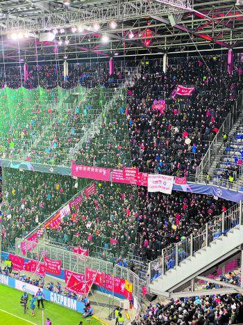 """<p class=""""caption"""">Nach dem Doppelschlag erreichte die Stimmung im Sektor der Liverpool-Fans ihren Höhepunkt.</p>"""